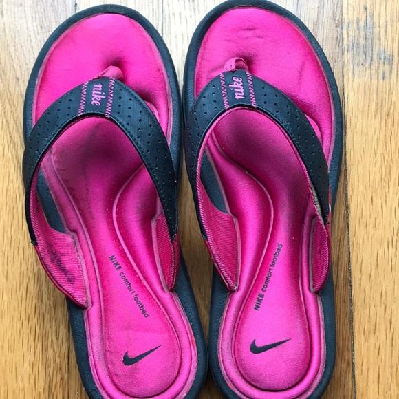 eed5a4d5db22 Nike Women s Ultra Comfort Thong Flip Flops sz 7. M 5c155c4c5fef376070c10768